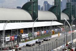 Уилл Пауэр, Team Penske Chevrolet, Джей-Ар Хильдебранд, Ed Carpenter Racing Chevrolet, и Элио Кастро