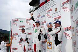 Podio Gara 1 Michelin Cup