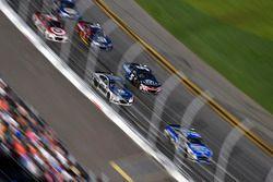 Dale Earnhardt Jr., Hendrick Motorsports Chevrolet and Kasey Kahne, Hendrick Motorsports Chevrolet