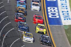 Tyler Reddick, Chip Ganassi Racing Chevrolet y Kasey Kahne, Hendrick Motorsports Chevrolet