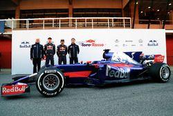 Franz Tost, Scuderia Toro Rosso Team Principal, Daniil Kvyat, Carlos Sainz Jr., Scuderia Toro Rosso