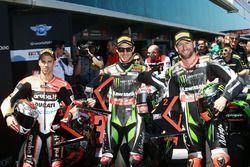Jonathan Rea, Kawasaki Racing, en pole position devant Tom Sykes, Kawasaki Racing, et Marco Melandri, Ducati Team