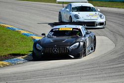 #92 MP1A Mercedes-Benz AMG GT3, Xandy Negrao, Sandy Negrao Sr., MCC Racing