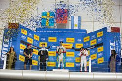 Podium: Race winner Mehdi Bennani, Sébastien Loeb Racing, Citroën C-Elysée WTCC; second place Thed B