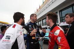 Dusan Borkovic, B3 Racing Team, SEAT León SEQ; Pepe Oriola, Craft Bamboo Racing, SEAT León SEQ