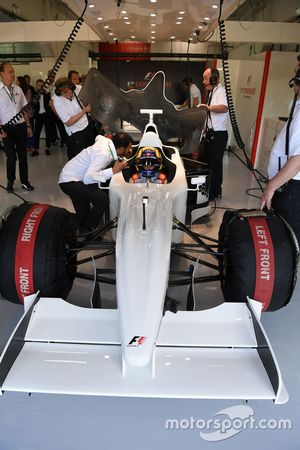 Patrick Friesacher, F1 Experiences 2-Seater driver and F1 Experiences 2-Seater passenger Frankie Mun