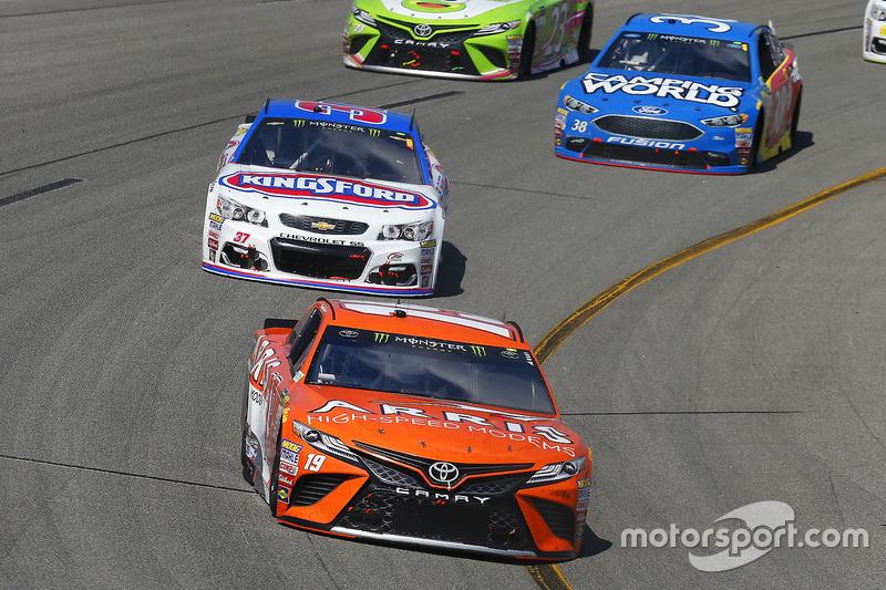 Daniel Suárez Joe Gibbs Racing Toyota Chris Buescher Jtg Daugherty Chevrolet