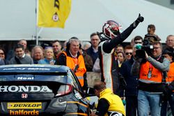 Matt Neal, Team Dynamics Honda Civic Type R