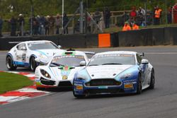 Mike Hart, Dave Robinson, Academy Motorsport, Aston Martin Vantage GT4