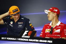 Max Verstappen, Red Bull Racing, Sebastian Vettel, Ferrari