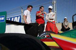 Allan McNish, Franco Cgiochetti with Lucas di Grassi, ABT Schaeffler Audi Sport