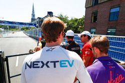 Lucas di Grassi, ABT Schaeffler Audi Sport, en el desfile de pilotos