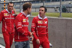 Sebastian Vettel, Ferrari; Riccardo Adami, Ferrari-Renningenieur