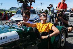 Jolyon Palmer, Renault Sport F1 Team en el desfile de pilotos