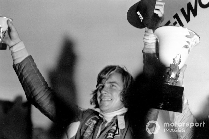 James Hunt (29 de agosto de 1947 – 15 de junio de 1993)