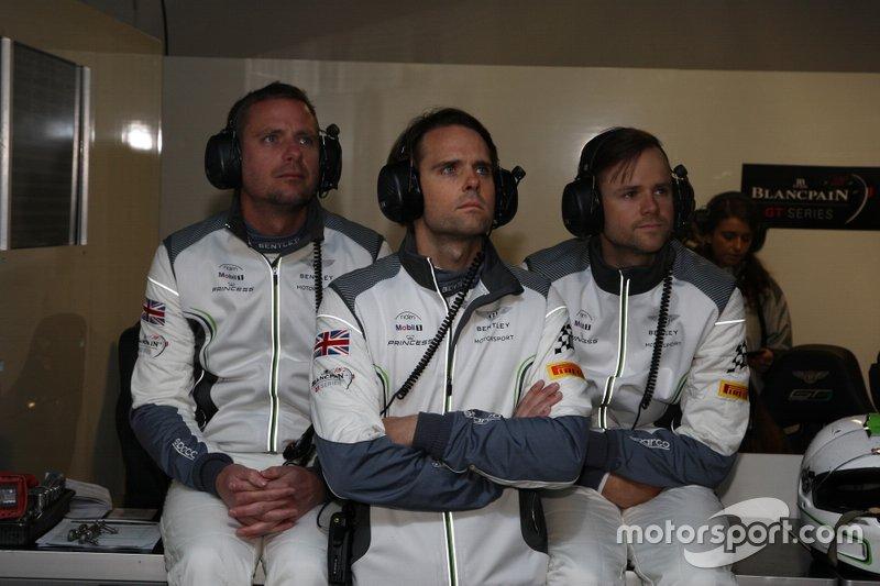 #108 Bentley Team M-Sport Bentley Continental GT3: Alex Buncombe, Andy Soucek, #107 Bentley Team M-Sport Bentley Continental GT3: Jules Gounon