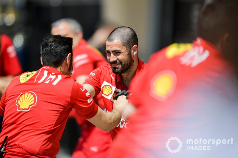 Les mécaniciens Ferrari