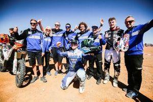Winner #01 Yamaha: Adrien Van Beveren celebrates with his team