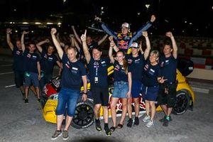 Ganador Kevin Hansen, Team Hansen MJP with the team