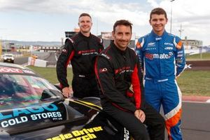 Тодд Хейзелвуд, Роджер Лаго, Дэвид Расселл, Matt Stone Racing, Audi R8 LMS (№98)