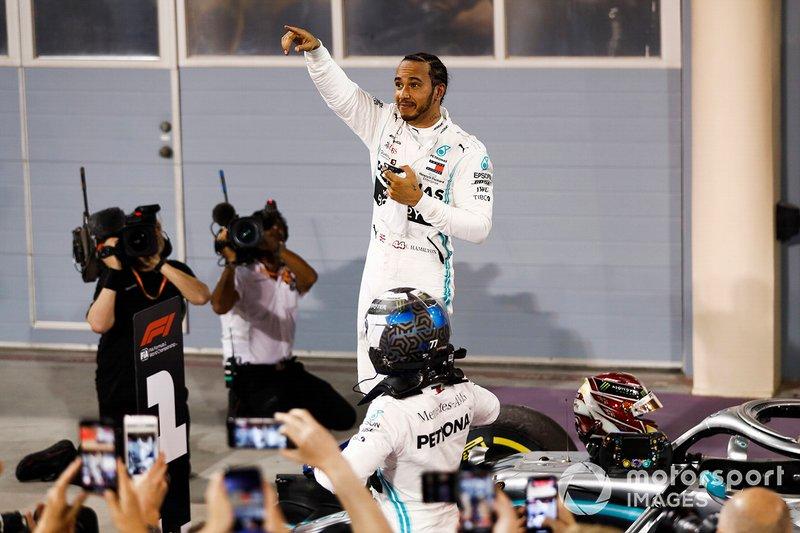 Ganador de la carrera Lewis Hamilton, Mercedes AMG-F1