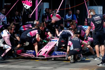 A front wing change for Sergio Perez, Racing Point RP19