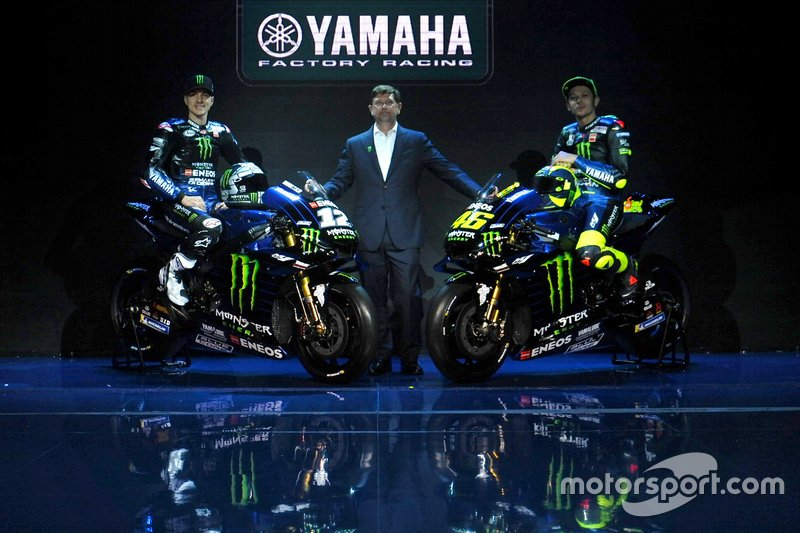 Гонщики Yamaha Factory Racing Валентино Росси и Маверик Виньялес