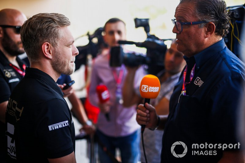 Kevin Magnussen, Haas F1 speaks with the media