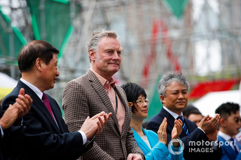 Sean Bratches, Managing Director of Commercial Operations, Formula One Group and dignitaries