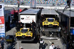 Автомобили Chevrolet Corvette C7.R (№3 и №4) команды Corvette Racing