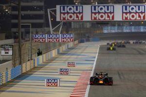 Max Verstappen, Red Bull Racing RB15, leads Daniel Ricciardo, Renault R.S.19