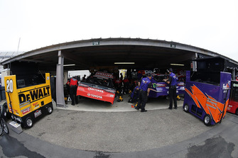 Denny Hamlin, Joe Gibbs Racing, Toyota Camry FedEx Express, Erik Jones, Joe Gibbs Racing, Toyota Camry Craftsman
