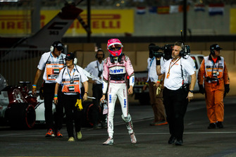 Esteban Ocon, Racing Point Force India, valt uit