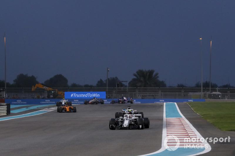 Charles Leclerc, Sauber C37 Lance Stroll, Williams FW41 and Stoffel Vandoorne, McLaren MCL33