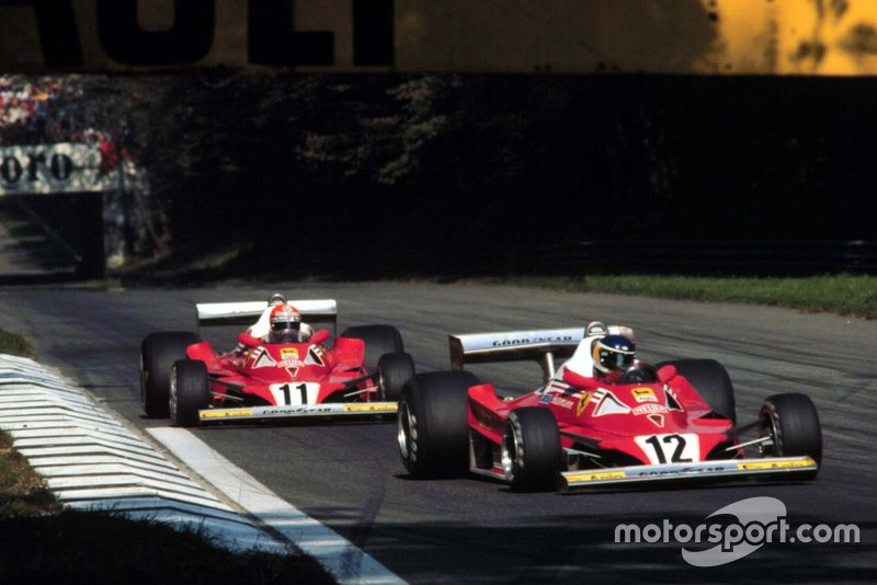 12: Niki Lauda y Carlos Reutemann (Ferrari)