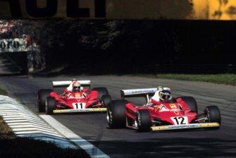 Carlos Reutemann leads Niki Lauda