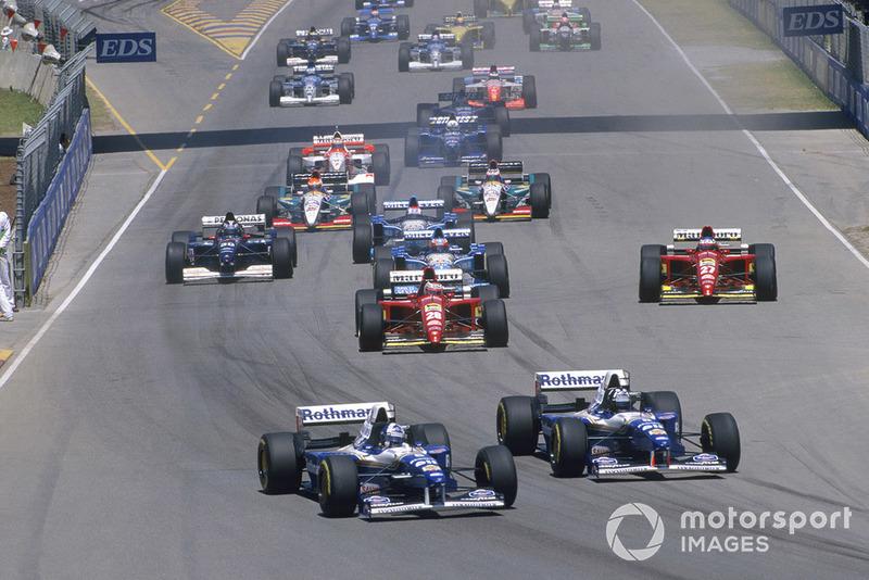 Сезон-1995 года финишировал на городской трассе в Аделаиде. Оба титула уже были разыграны, и финал прошел в традиционной атмосфере праздника
