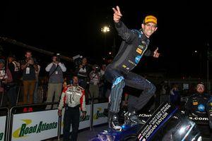 #10 Wayne Taylor Racing Cadillac DPi, P: Jordan Taylor, Celebrates