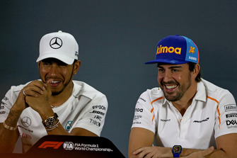 Lewis Hamilton, Mercedes AMG F1 and Fernando Alonso, McLaren in the press conference