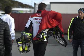 Cal Crutchlow, Team LCR Honda leathers after crash