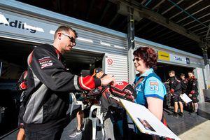 Гарт Тандер, Garry Rogers Motorsport