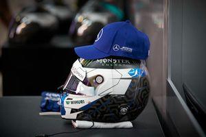 Шлем пилота Mercedes AMG F1 Валттери Боттаса