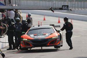 #76: Compass Racing Acura NSX GT3, GTD: Matt McMurry, Mario Farnbacher, crew members