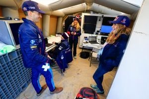 Timmy Hansen, Andretti United Extreme E, and Catie Munnings, Andretti United Extreme E, in the garage