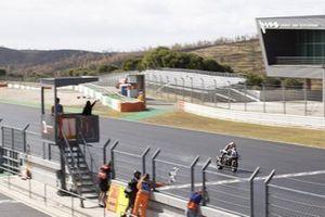 Michael van der Mark, BMW Motorrad WorldSBK Team crossing the line to win