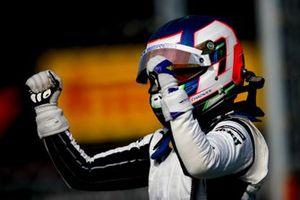 Race Winner Jamie Chadwick celebrates in Parc Ferme
