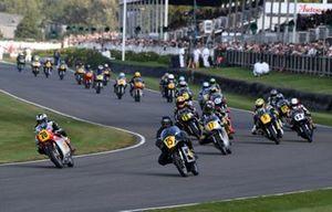 Barry Sheene Memorial Trophy start Dunlop Plater MV