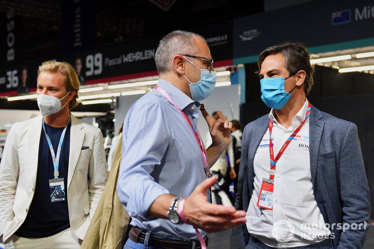 Nico Rosberg, Stefano Domenicali, CEO, Formula 1, Jamie Reigle, CEO de la Formula E