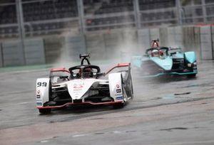 Pascal Wehrlein, Porsche, Porsche 99X Electric, Mitch Evans, Jaguar Racing, Jaguar I-TYPE 5