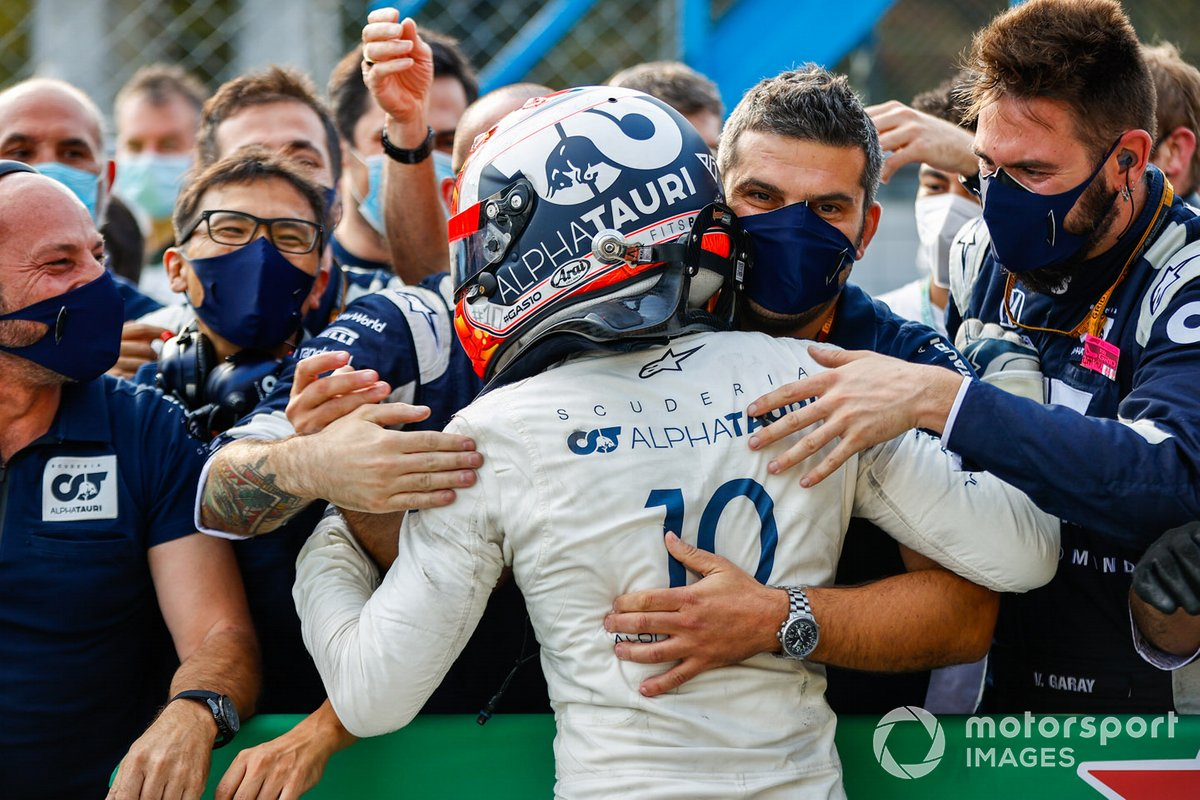 Pierre Gasly, AlphaTauri, 1st position, celebrates in Parc Ferme with his team